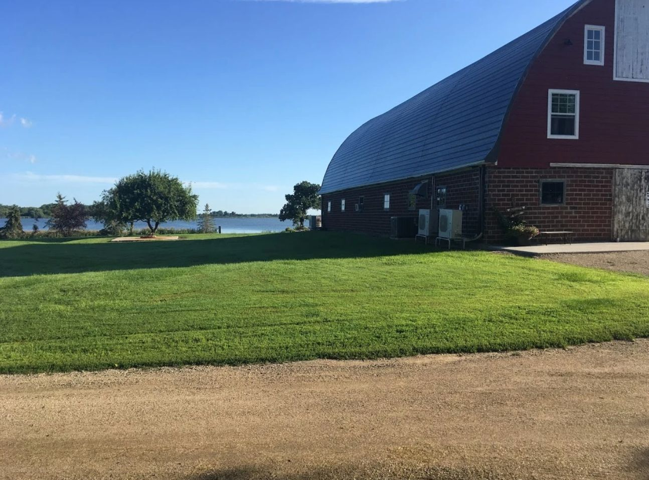1 Lake Elsie Wedding Barn Venue