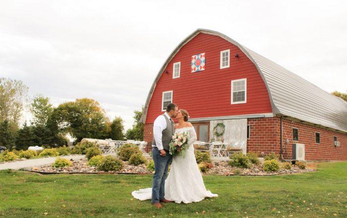 2 Lake Elsie Wedding Barn Venue Photos