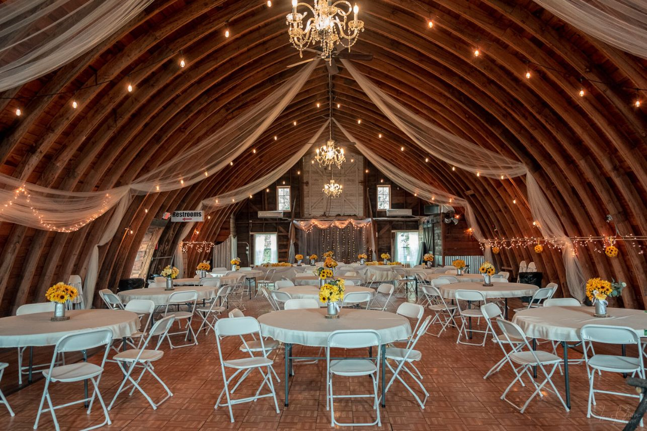 252 Lake Elsie Wedding Barn