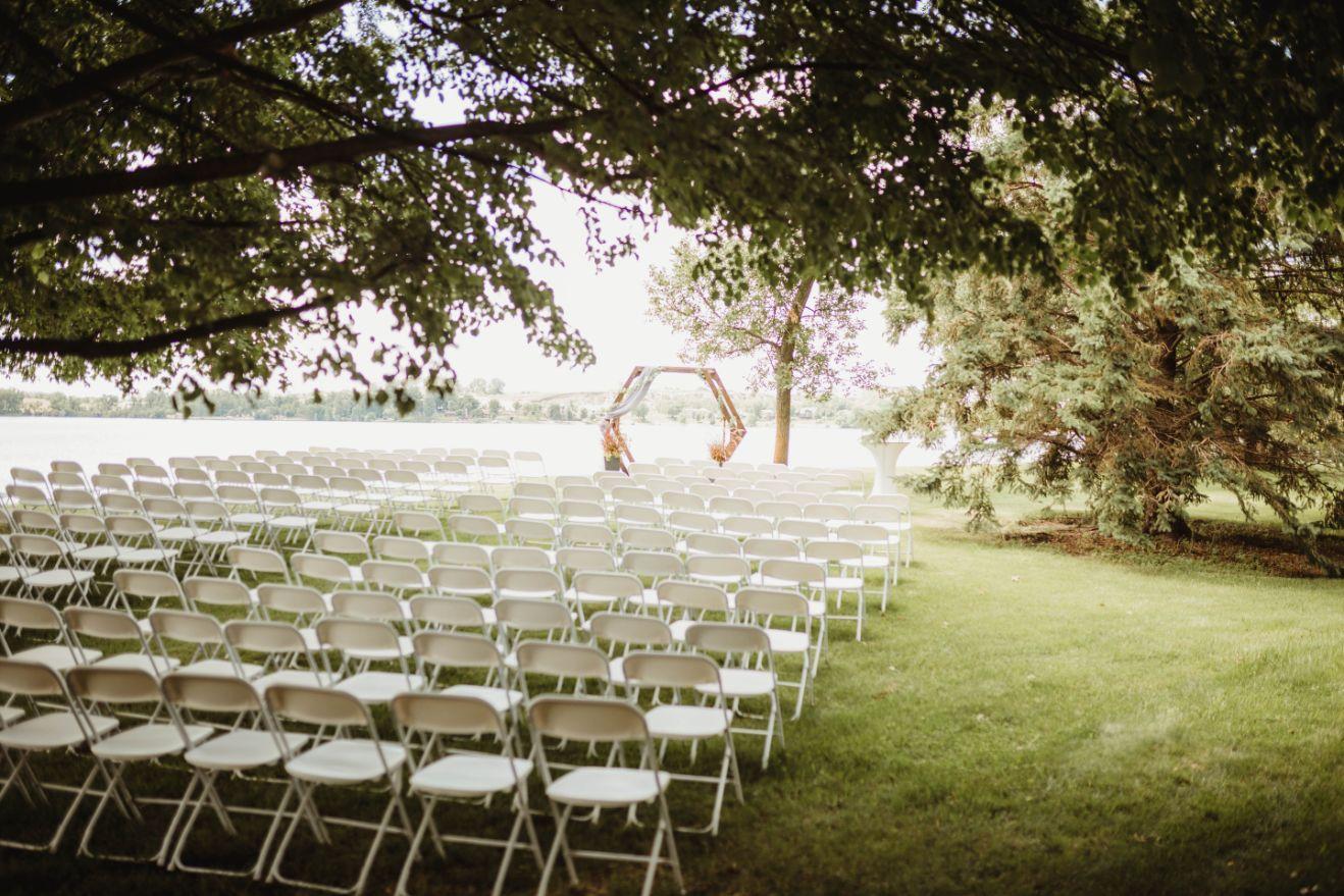 18 Lake Elsie Wedding Barn Fargo ND Wedding Venue 1
