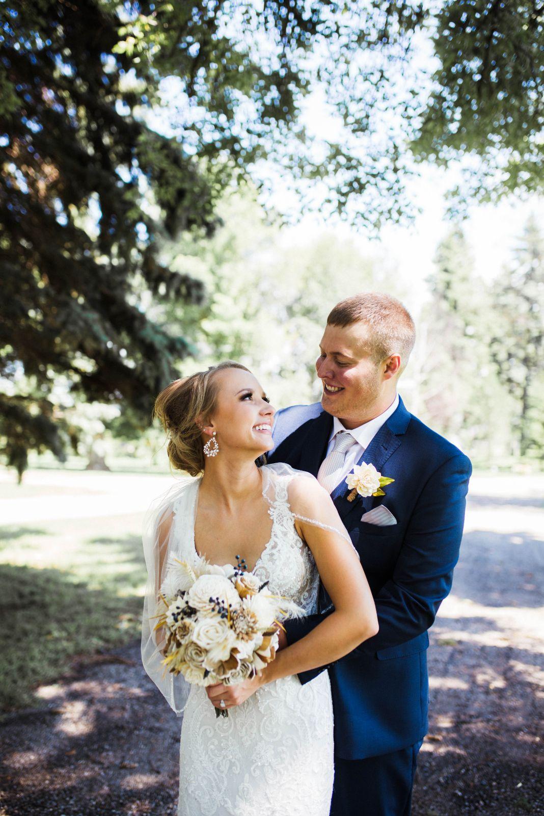 19 Lake Elsie Wedding Barn Fargo ND Wedding Venue 1