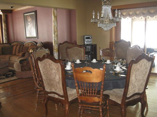 2 lady on the lake bed and breakfast near fargo ND