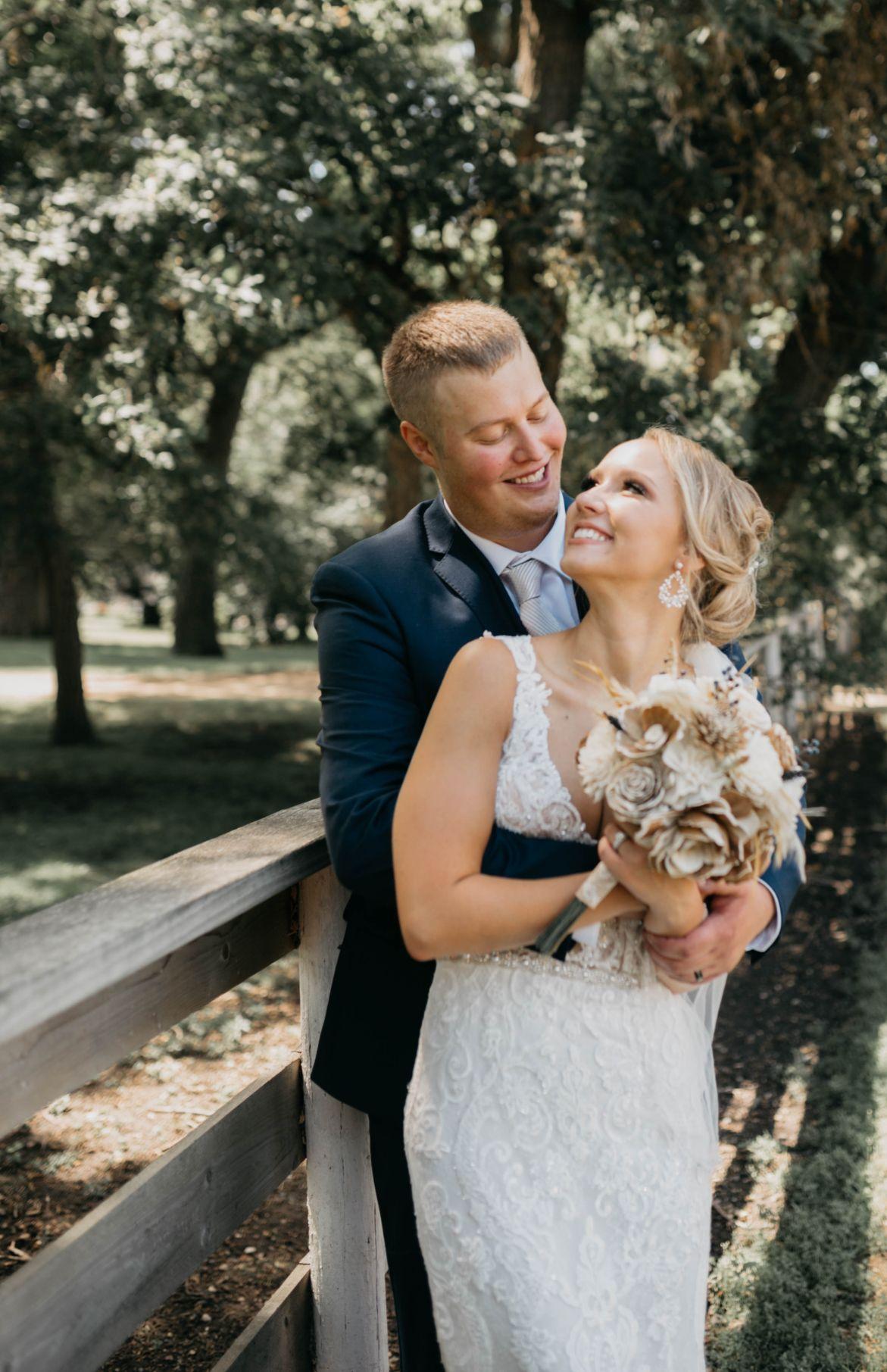 20 Lake Elsie Wedding Barn Fargo ND Wedding Venue 1