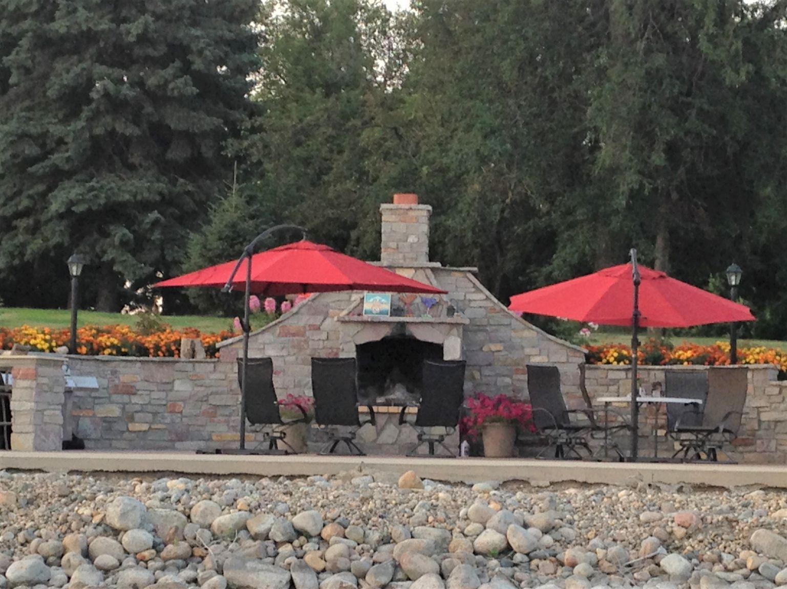 6 Lake Elsie Wedding Barn Fargo ND Wedding Venue 1